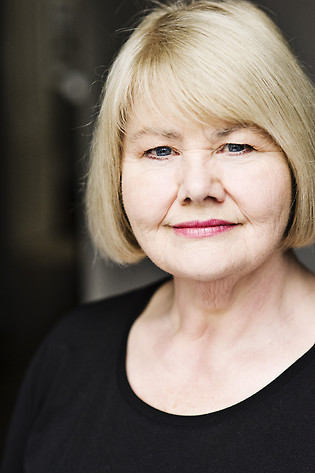 Annette Badland Profile Picture