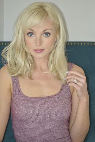 Helen George Profile Picture