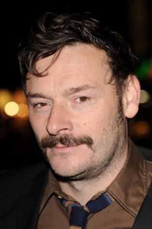 Julian Barratt Profile Picture