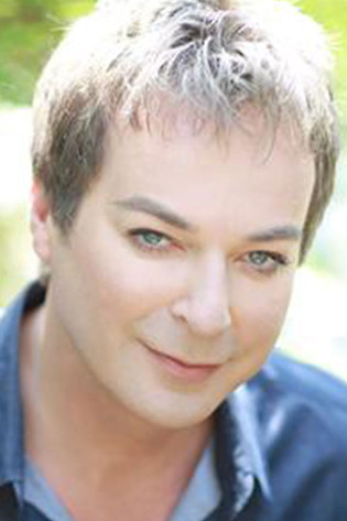 Julian Clary Profile Picture