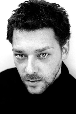 Richard Coyle Profile Picture